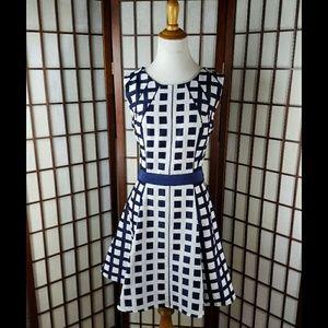 JESSICA SIMPSON Lined Geometric Fit & Flare Dress